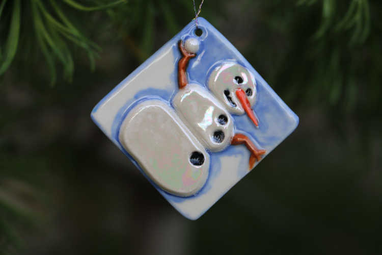 Catherine Dale's Christmas ornament stamped with Ssl-046