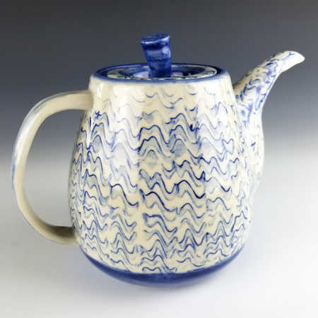 Valerie Lauterbach's teapot with RM-025