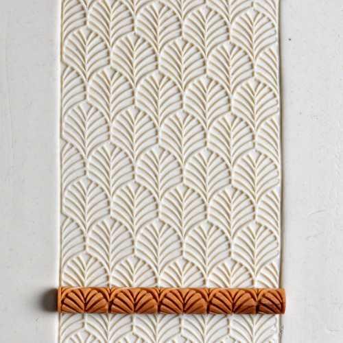 Leaf Pattern Texture Roller